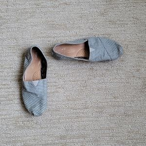 Toms Limited Edition Retired Movember Size 8M